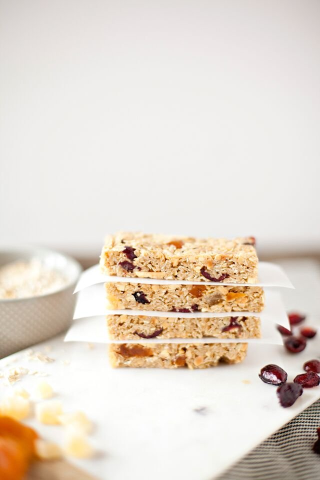 Dried Fruit and Nut Granola Bars + Back to School Pantry Must-Have