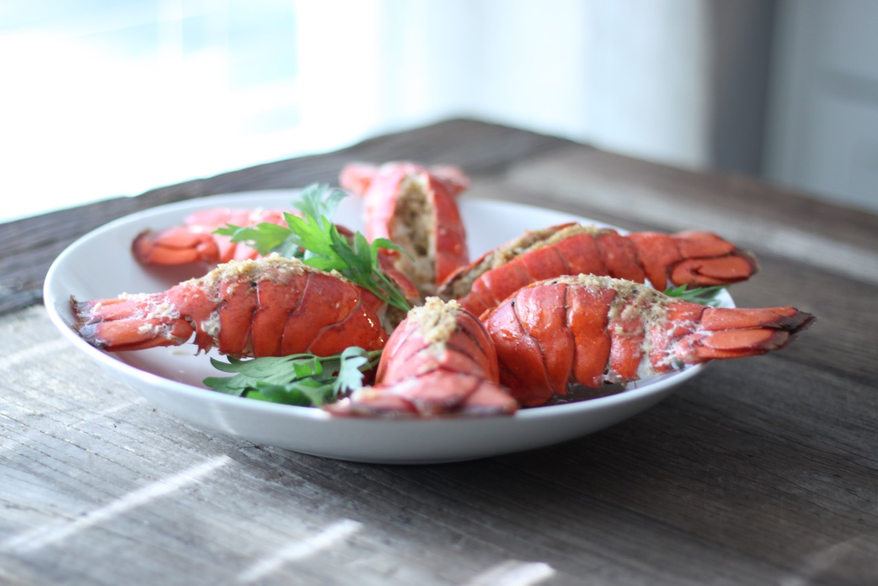 simple lobster fra diavolo recipe for christmas eve feasting - Red Lobster Open On Christmas
