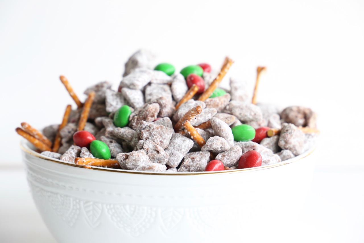 Sweet & Salty Reindeer Snacks